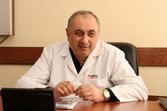 профессор, доктор медицинских наук Армен Чарчян