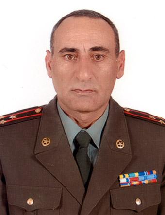 Подполковник, заместитель начальника управления инженерных войск ВС РА Сурен САРГСЯН
