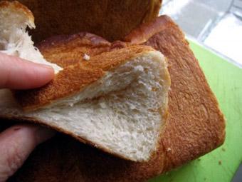 Преломление хлебов