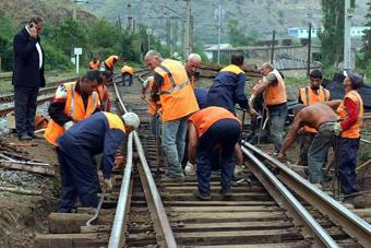 Инвестиции России в развитие армянской железнодорожной сети могут составить около 15 млрд рублей.
