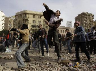 Во главе политических протестов стали молодые люди с образованием и уровнем доходов выше среднего.