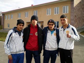 Молодежная сборная Армении по боксу (1994/95гг. рождения) в эти дни готовится к чемпионату мира, который пройдет с 25 ноября по 8 декабря в Ереванском спорткомплексе им.Карена Демирчяна.