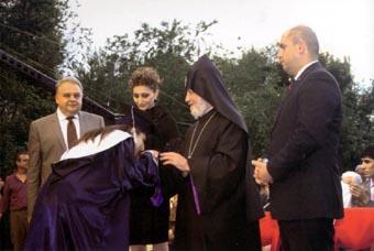 Судьба этого вуза – один из нагляднейших примеров стремления армянской нации к просвещению в самые что ни на есть трудные времена, когда приходилось и выживать, и бороться, и строить одновременно…