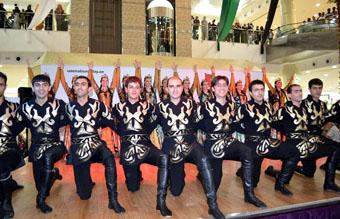 Почему армянский танец покорил мир? Именно благодаря своей национальной самобытности.