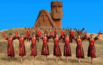 Предки карабахцев воевали в Гюлистанском крае в начале XIX века и имеют прямое, кровное отношение к живой истории Гюлистанского договора.