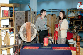 """На региональной торгово-промышленной выставке """"Армения - ваш партнер: экспо-2013""""."""