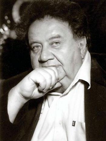 Лев (Левон) Пирузян, выдающийся ученый в сфере медицинской биофизики, академик РАН, иностранный член НАН РА, лауреат Госпремии СССР.