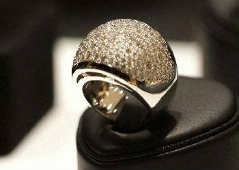 На веб-сайте Всемирной ассоциации армянских ювелиров (AJA - Armenian Jewellers Association) уже дан обратный отсчет дням, оставшимся до Yerevan Show 2013...
