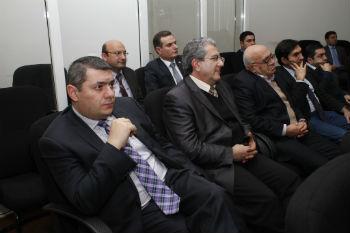 Среди них не только известные ученые - как, например, известный арабист Николай Оганесян, но также политологи молодого поколения, международники и историки.