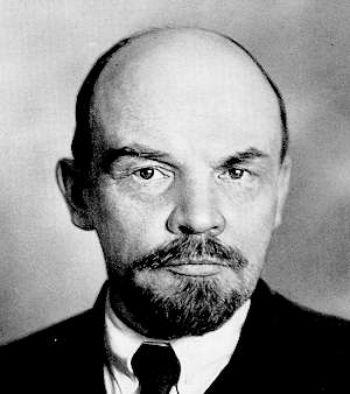 ПОСЛЕ ФЕВРАЛЬСКОЙ РЕВОЛЮЦИИ НЕМЦЫ СОВМЕСТНО С ПАРВУСОМ разработали план переправки Ленина в Россию.