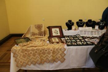 Выставка-продажа ручных работ и кулинарных изделий, изготовленных сирийскими армянами