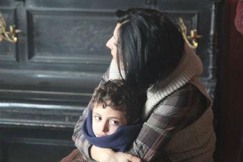По жанру это социальная драма. История, рассказанная в фильме, сегодня актуальна для всех - и для армян, проживающих в Армении, и для Спюрка, и для европейского зрителя, так как темы отчего дома, Родины, становления и взросления волнуют всех