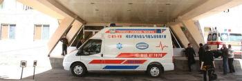 """Машины """"скорой помощи"""" МЦ оснащены всем необходимым для оказания экстренной помощи пациентам с данными заболеваниями. Максимально быстро, поскольку счет порой идет на минуты, они перевозят данных пациентов в кабинет ангиографии нашего центра"""