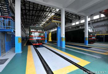 За счет выделенных средств в Армении были проведены работы по модернизации инфраструктуры и обновлению подвижного состава, которые невозможно было эксплуатировать