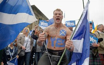 На осень текущего запланировано проведение еще двух референдумов – шотландского и каталонского. Показательно, что в обоих случаях голосования пройдут в границах конституционных парламентарных монархий – Великобритании и Испании.