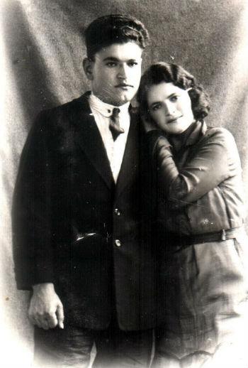 Брат_и сестра - Арутюн и Гоарик, дети упомянутые в статье.