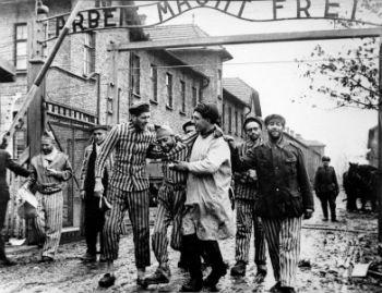 Завтра миллионы людей прикрепят на груди георгиевские ленточки в знак очередной годовщины победы над фашизмом.