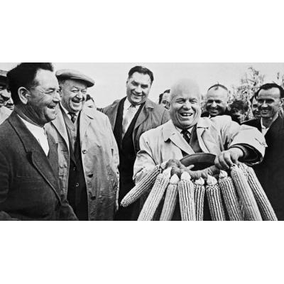 При Хрущёве экономический баланс страны разрушили хозяйственные эксперименты