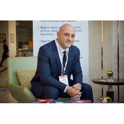 Директор фонда «АРМИКС» Ваан Овсепян