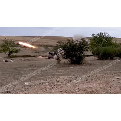 Противник наносит удары из всех видов вооружения по гражданским объектам и мирному населению Армении и Республики Арцах