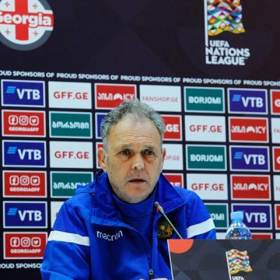 Главный тренер сборной Армении Хоакин Капаррос