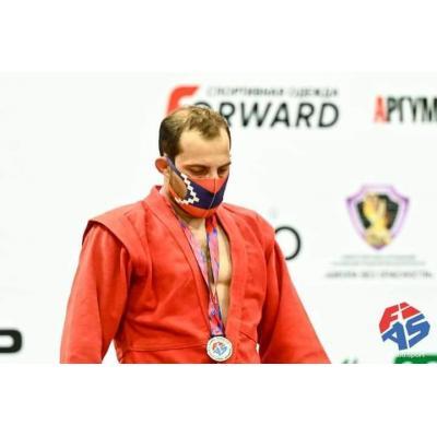 Армянские самбисты завоевали 2 серебряные и 3 бронзовые медали на этапе Кубка мира 'Мемориал Харлампиева' в Москве