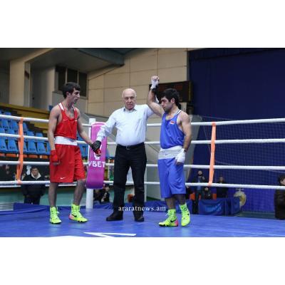 В условиях пандемии коронавируса сезон завершили армянские гимнасты, боксеры и пауэрлифтеры