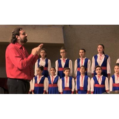 Выступает Шушинский государственный хор «Варанда»