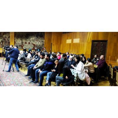 В столичном Доме шахмат имени Тиграна Петросяна состоялась церемония закрытия мужского и женского чемпионатов Армении, на которой присутствовал президент национальной шахматной федерации Серж Саргсян