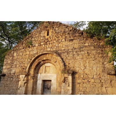 Портал церкви