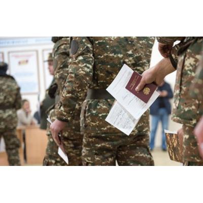 Правительство дезертиров одобрило проект закона, по которому лица, уклонившиеся от службы в армии и находящиеся в розыске, подпадут под амнистию и смогут вернуться на родину