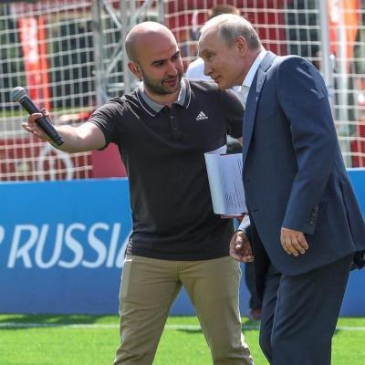 Азербайджан в качестве одной из принимающих сторон ЕВРО-2020 блокировал аккредитацию известного российского комментатора армянского происхождения Нобеля Арустамяна