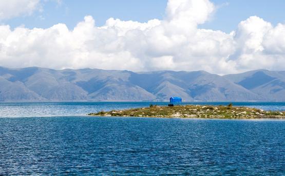 Центр инклюзивного яхтинга откроется на озере Севан