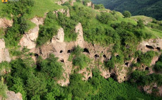 Картинки по запросу хндзореск пещеры