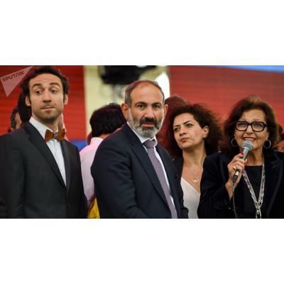 Скоро исполнится год, как в должность мэра столицы Армении вступил Каргин Айко